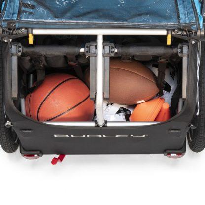 Pojemny bagażnik w przycepce rowerowej Burley X Aqua